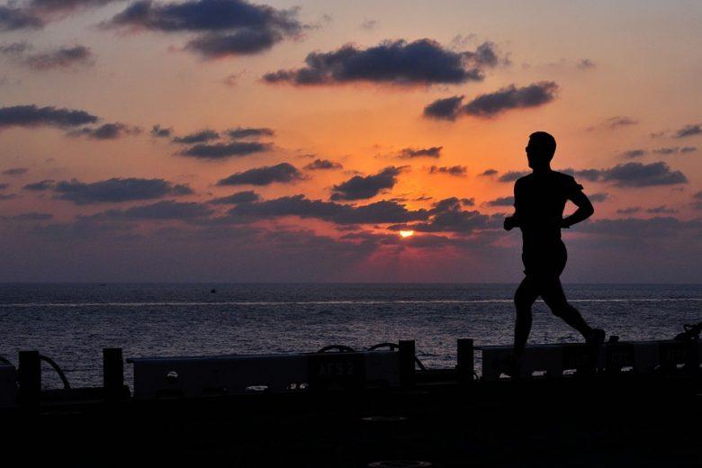 corridore fitness jogging